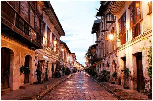 Ilocos Sur to open province to tourists mid-November